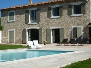 Au Cèdre de Saint Rémy 1 ch - Saint-Remy-de-Provence vacation rentals