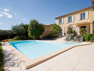LA BASTIDE DES OLIVIERS - Saint-Remy-de-Provence vacation rentals