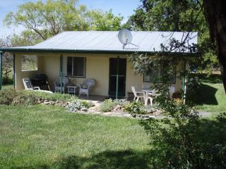 Avaleigh Elms Farmstay - Orange vacation rentals