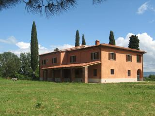 Tir na Nog - Cicogna vacation rentals
