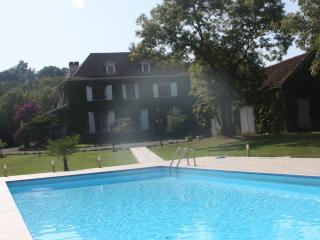 Maison Hounaou - Hagetmau vacation rentals