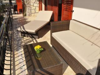 Plazs41-Apartment 3. (5person) - Sukosan vacation rentals
