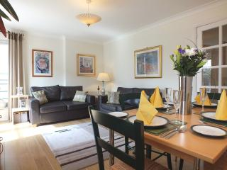 Parkgate Apartment  Holyrood  (parking) - Edinburgh vacation rentals