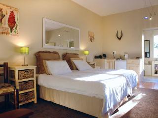 JustFor2 Kudu room - Wilderness vacation rentals