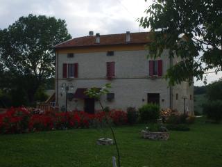 CASALESSANDRI B&B - Torre San Patrizio vacation rentals