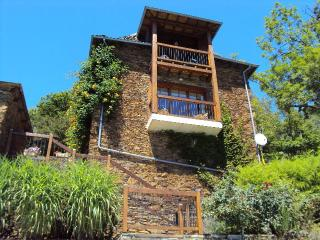 THE GRANGE AT LA MARGOY - Le Fel vacation rentals