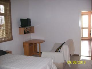 19, 'Piccola Sila' 7B - Il Gzira vacation rentals