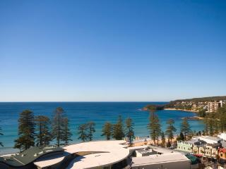 Ultra-chic executive beach apartment - Manly vacation rentals
