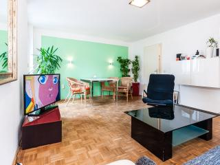 63m2 flat Munich Englishgarden - Munich vacation rentals