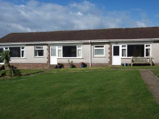 GOWER HOLIDAY BUNGALOW HORTON - Port Eynon vacation rentals