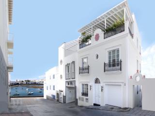 CASA TUCANA LUXURY APARTMENT in the town center - Arrecife vacation rentals