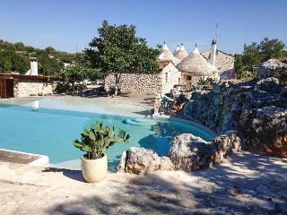 Dimora Casanoja - Relax in Masseria di Puglia - Noci vacation rentals