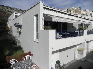 House with sea view, large terrace, pool, air-con - Peniscola vacation rentals