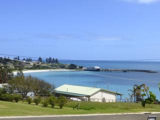 Western's View, Penneshaw, Kangaroo Island - South Australia vacation rentals