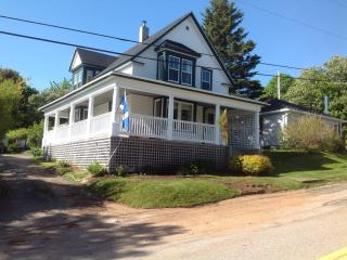 Century Scottish flavour Home Downtown Digby NS - Digby vacation rentals