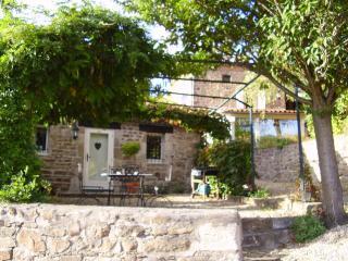 Maison Blanche Le mouy-vieux - Issoire vacation rentals