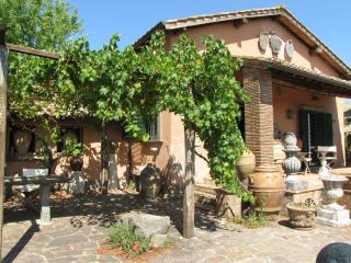 Charming cottage with breathtaking views near Rome - Soriano nel Cimino vacation rentals