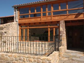 House near Comillas & beaches - Udias vacation rentals