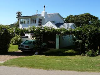 THE WHITEHOUSE - Kenton-on-Sea vacation rentals