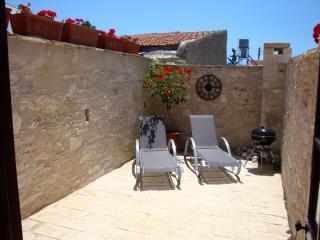 Apartment with Courtyard - Pentakomo vacation rentals