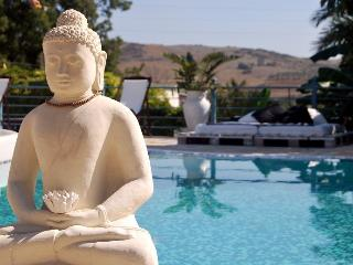 La Casa del Loto - El Chorro vacation rentals