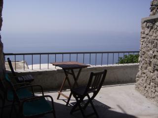 Casa Le volte - Montepertuso vacation rentals