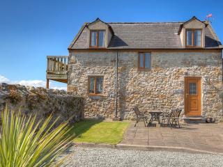 Yr Eifl Cottage Anglesey - Brynsiencyn vacation rentals