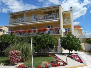 Apartments Gojka Miocevic - Biograd na Moru vacation rentals