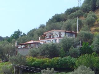 La Finestra sulle Eolie - Reitano vacation rentals