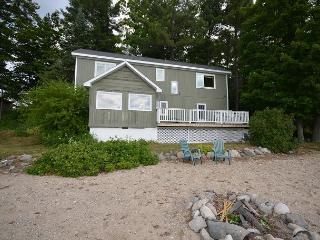 By The Bay-Suttons Bay - Acme vacation rentals