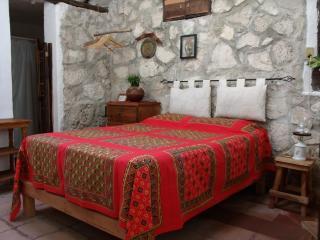 Casitas Kinsol Guest House - 2 - Puerto Morelos vacation rentals