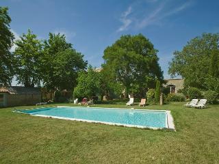Le Mas de la Hûppe - Ansouis vacation rentals
