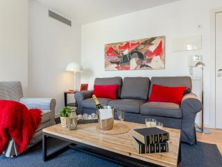 Homearound Rambla Suite & Pool  24 (1BR) - 10% OFF MAY / F1 STAY - Barcelona vacation rentals