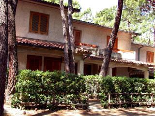 Villetta Via Cernia - Principina a Mare vacation rentals