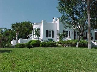 Beach Side Rental at Historic Home Ormond Beach - De Leon Springs vacation rentals