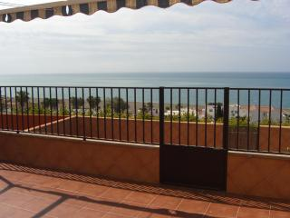 Terraced house 300 m from the sea - Torre del Mar vacation rentals