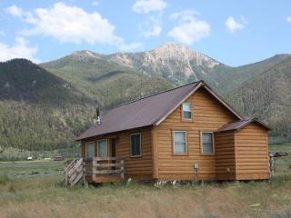 Beautiful New 1BR with Loft 1BA sleeps 6 - West Yellowstone vacation rentals