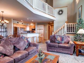Chimney Ridge Townhomes 500 by Ski Country Resorts - Breckenridge vacation rentals