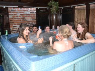 Little Lodge  - exclusive house/ private hot tub - Leicester vacation rentals