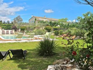 Domaine du Mas Saint Joseph - Saint-Remy-de-Provence vacation rentals