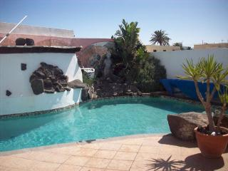Villa Azorin Tahiche Lanzarote - Tahiche vacation rentals