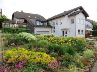 Vacation Apartment in Blankenrath - 517 sqft, quiet, sunny, comfortable (# 5295) - Zell (Mosel) vacation rentals