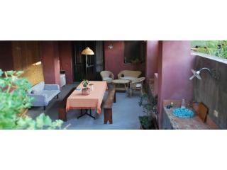 CasaVacanze FossaNave Cale - Acireale vacation rentals
