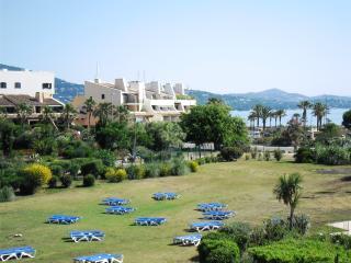 Les Haliotis 3 - Cogolin vacation rentals
