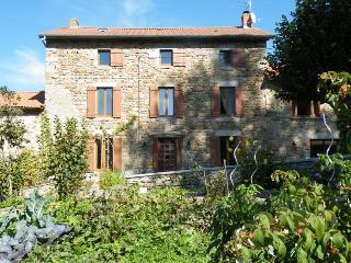 Ferme du Tilleul - Aix-la-Fayette vacation rentals