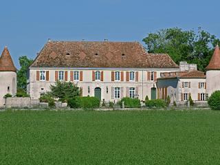 Château du Bourbet - Cherval vacation rentals