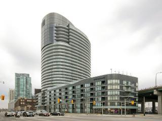 Elite Panoramic Premium Penthouse Private Elevator - Toronto vacation rentals