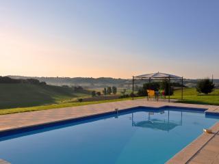 Maison Beaulieu - Castelsagrat vacation rentals