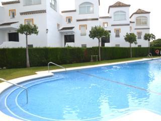 Sea view, WiFi,TV-HD,Long pool &  Parking, Porter - Marbella vacation rentals