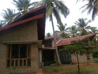 Retreat by the river - Mysore vacation rentals